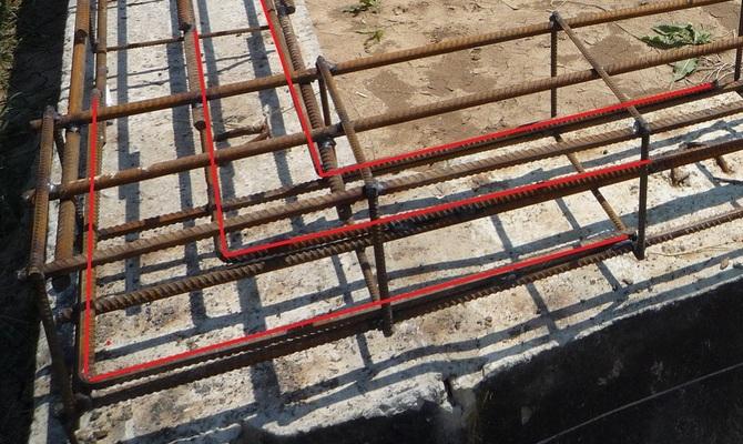 арматуру в бетон